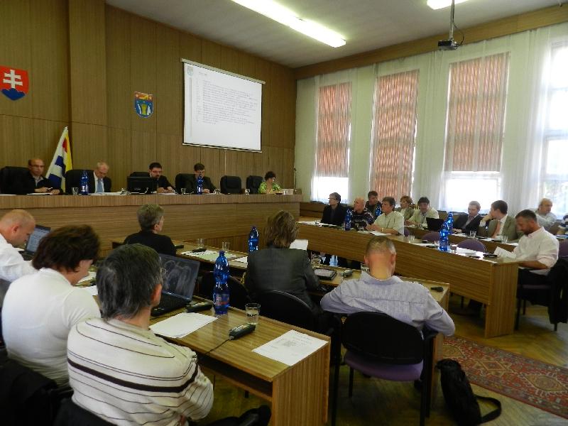 Októbrové zasadnutie Mestského zastupiteľstva v Partizánskom (23.10.2012) e83e81af3f2